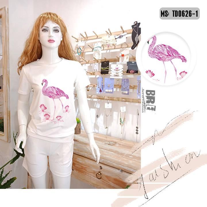 Áo thun nữ in hình chim hồng hạc 43 ( mẫu TD0626)