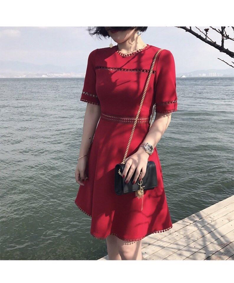 Đầm xòe viền ren D159 ( đỏ)